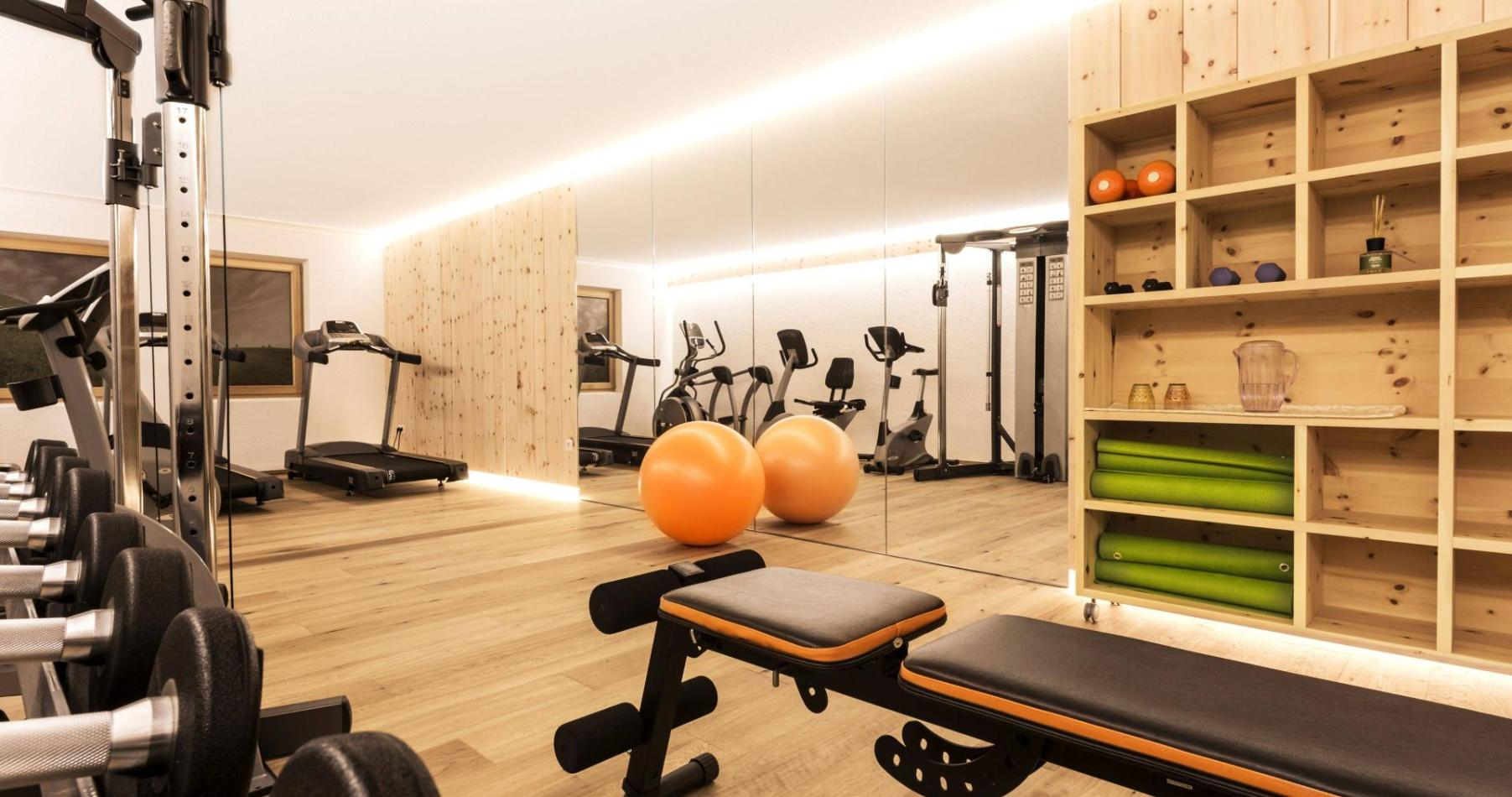 Hotel_Fitness