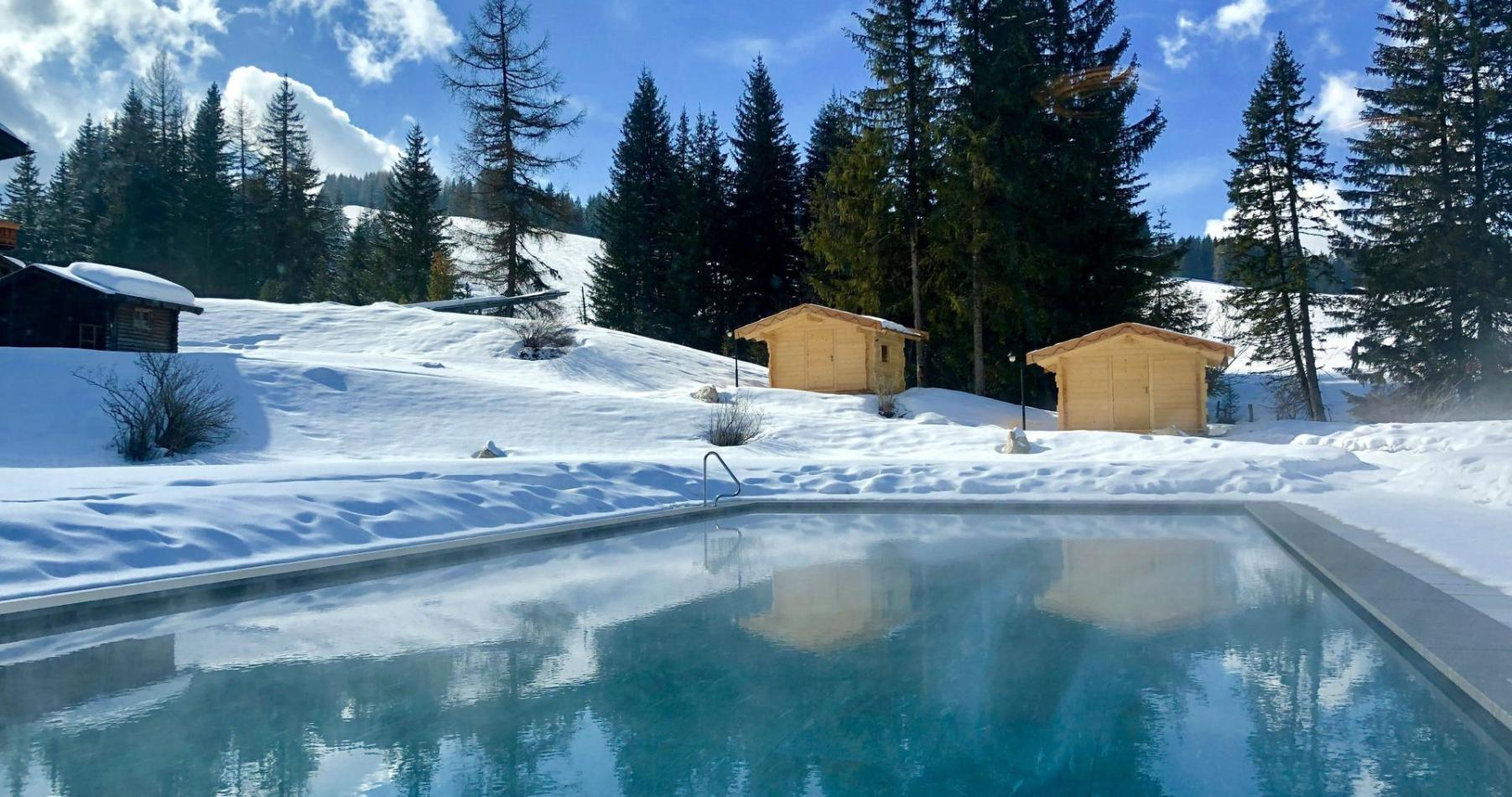 hotel-spa-winter-freibad